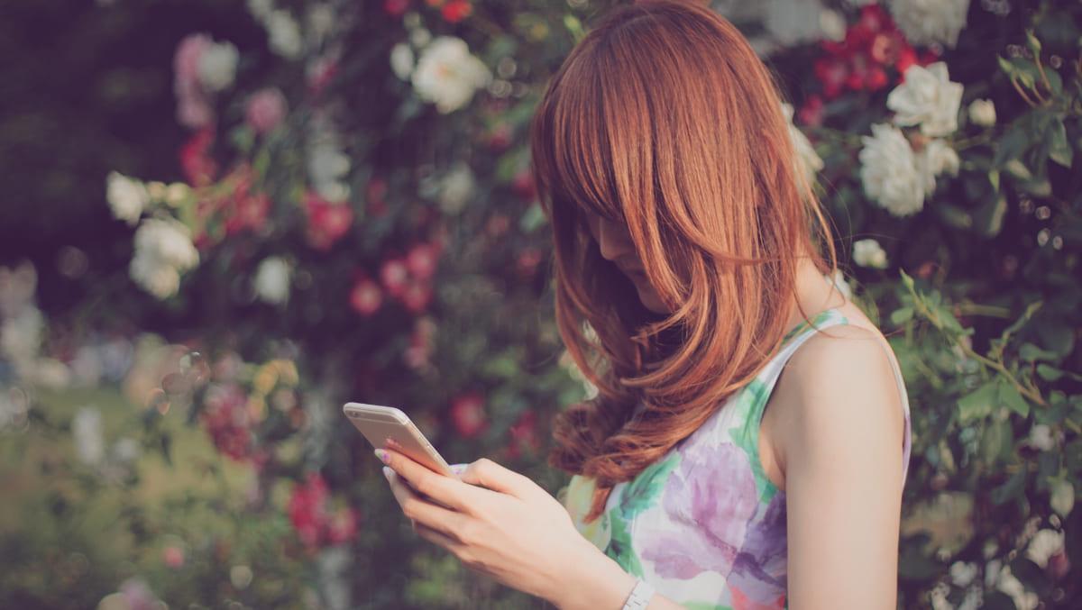 マッチングアプリ プロフィール 写真 女性