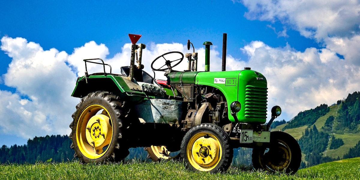 農家トラクター