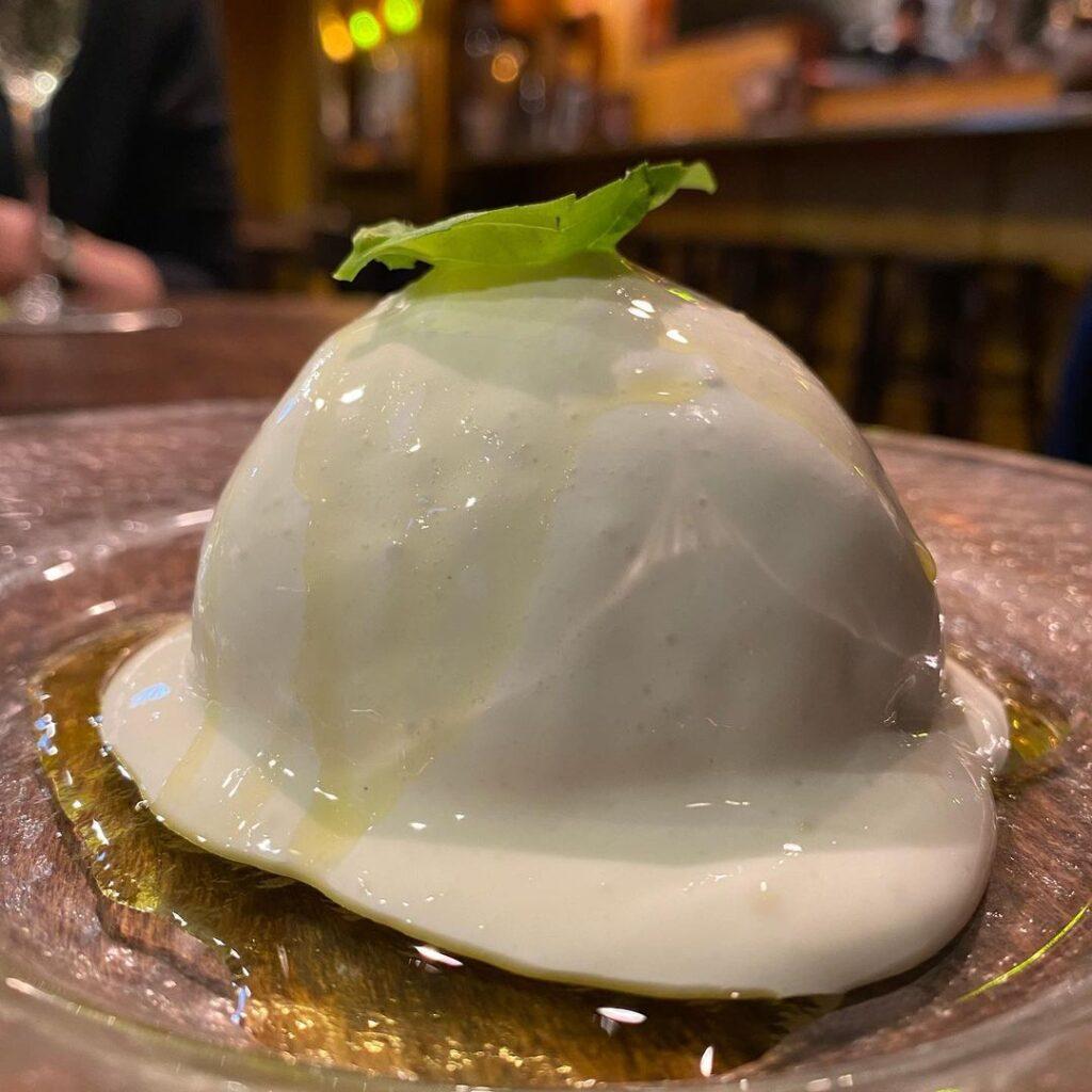 Ajito 東京 初デート レストラン