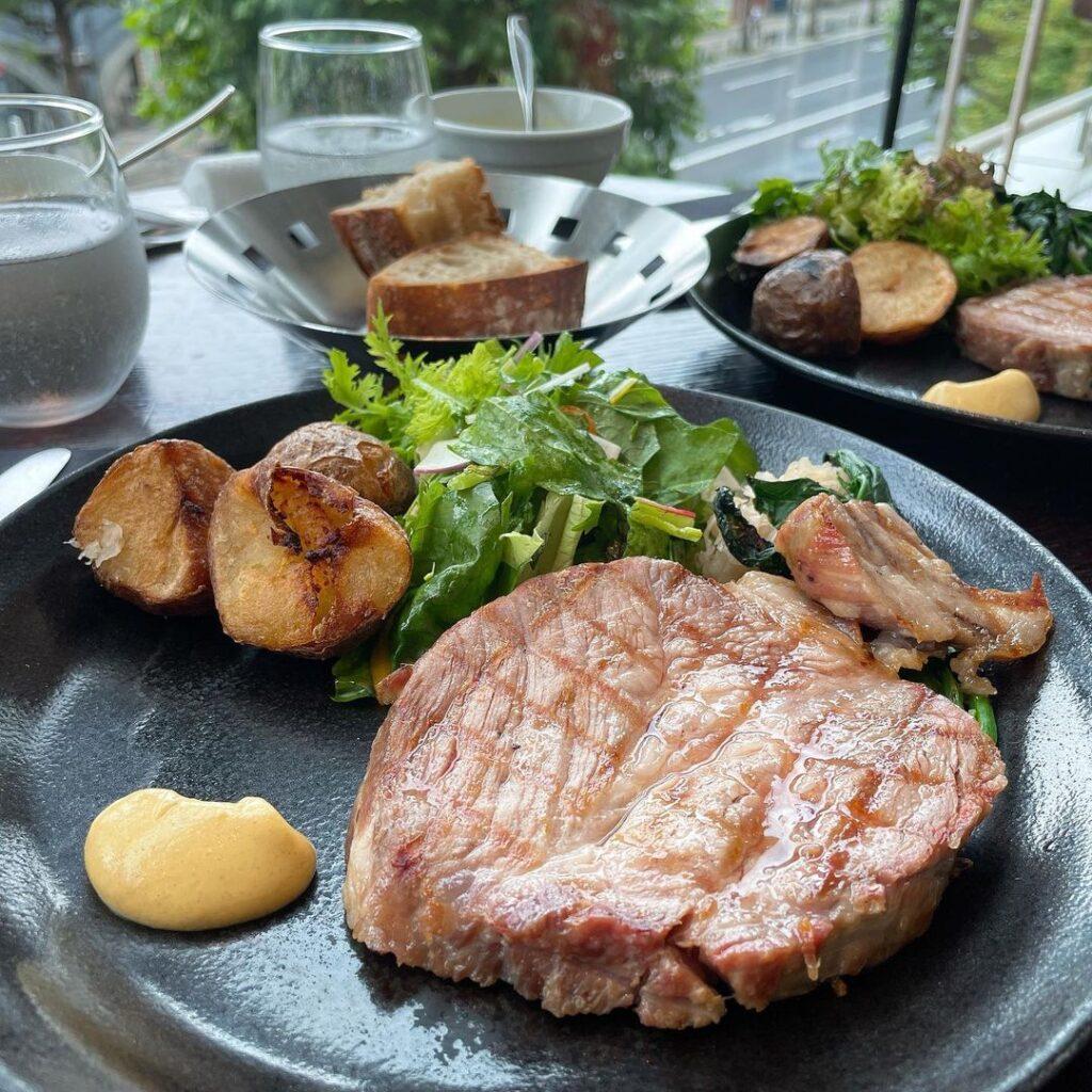 resonance 東京 初デート レストラン