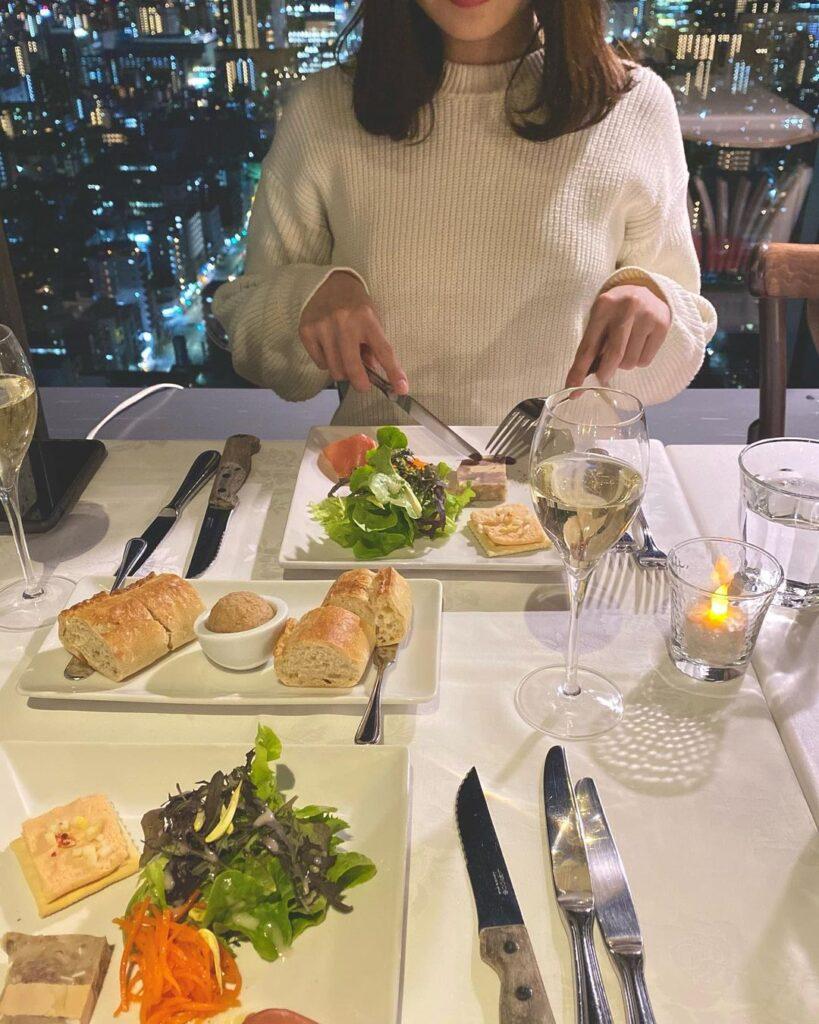 ブラッスリーオザミ 東京 初デート レストラン